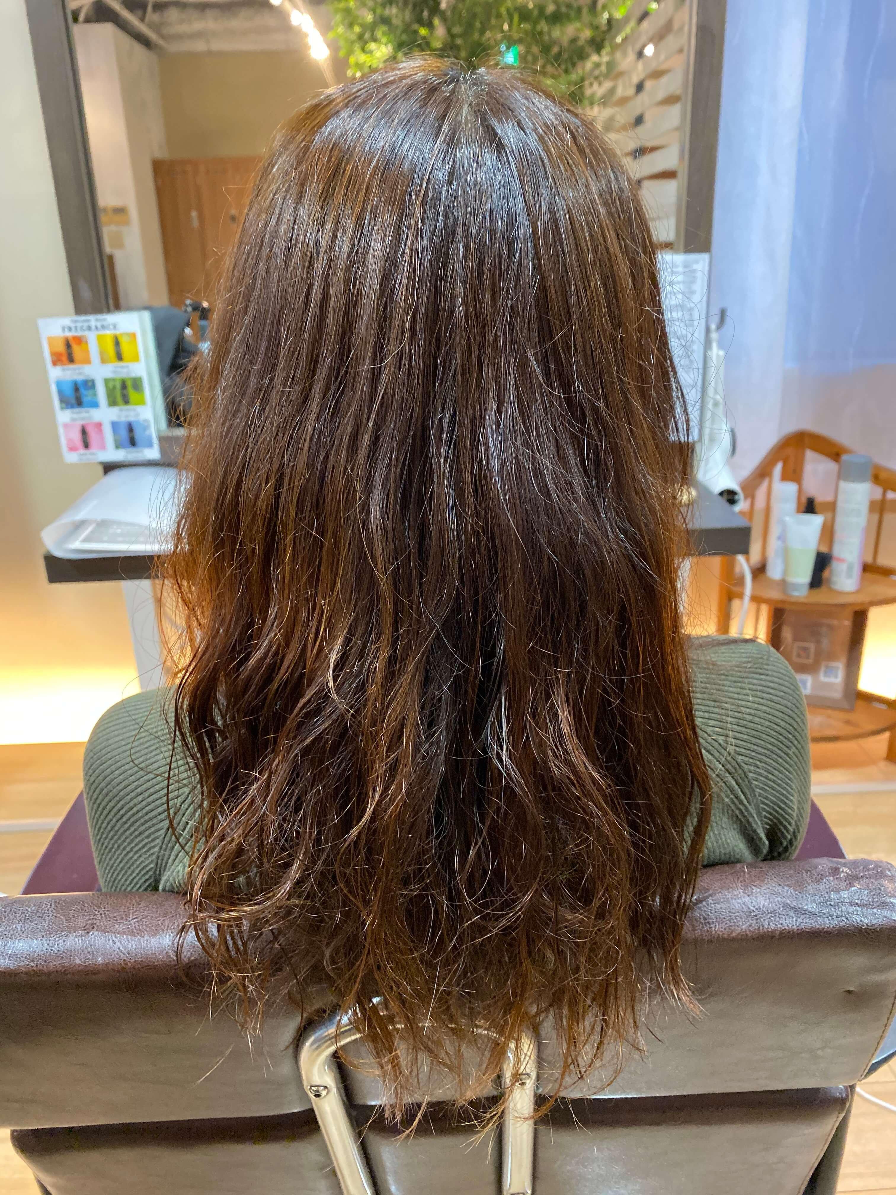 矯正毛に普通のパーマはできるの?